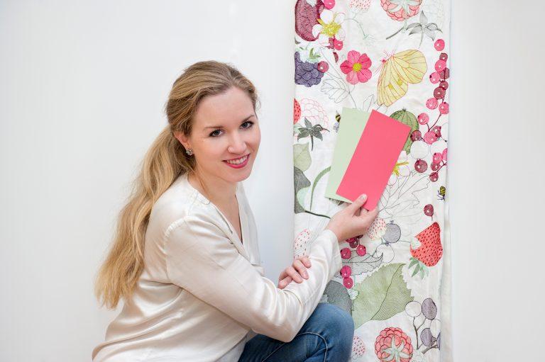 Anna von Mangoldt, Inhaberin AvM Farben GmbH