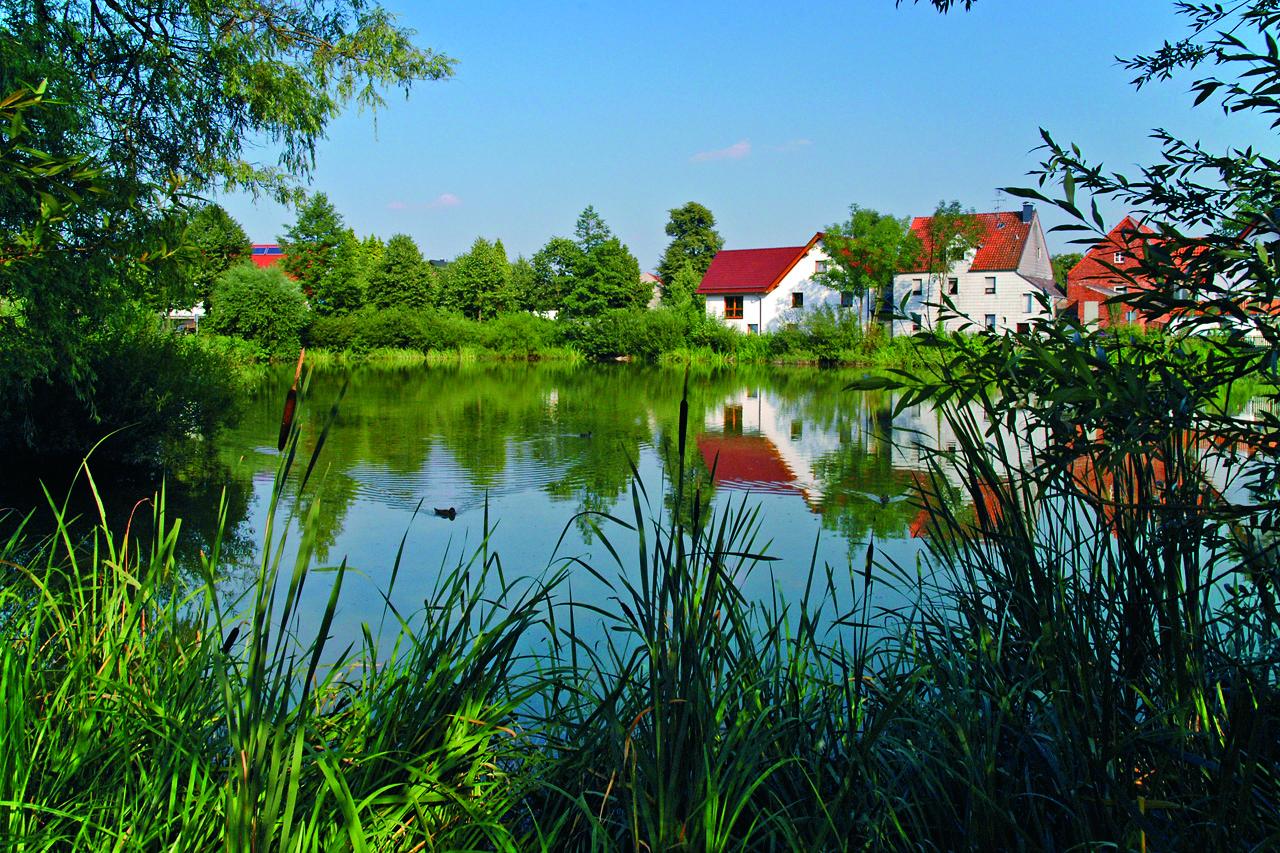 13027 – Siedlung – Dorfteich Ottenhausen aus DSC_0627-4c
